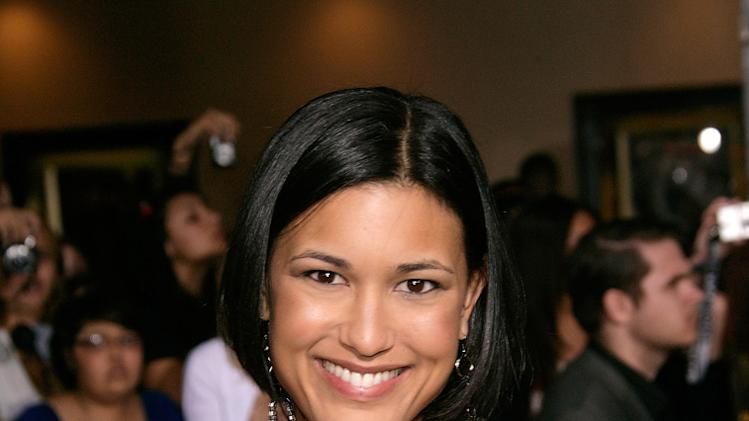 Twilight Saga New Moon LA Premiere 2009 Julia Jones