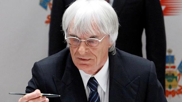Russia's Prime Minister Putin and Formula One commercial supremo Ecclestone attend a signing ceremony in Sochi