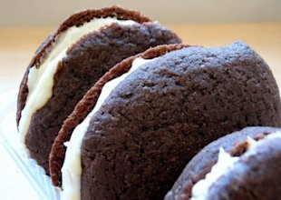 Whoopie Pies. Image Courtesy of joyosity / CC BY 2.0