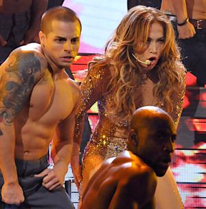 Jennifer Lopez, Casper Smart Pack on PDA at Star-Studded AMAs Bash