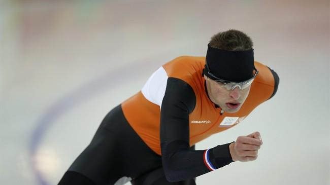 Speedskater Sven Kramer of the Netherlands trains at the Adler Arena Skating Center during the 2014 Winter Olympics in Sochi, Russia, Friday, Feb. 7, 2014. (AP Photo/Pavel Golovkin)