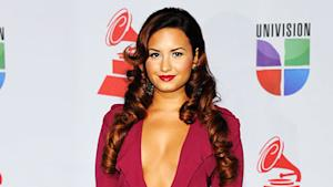 Demi Lovato's Hair Yanked in Security Lapse