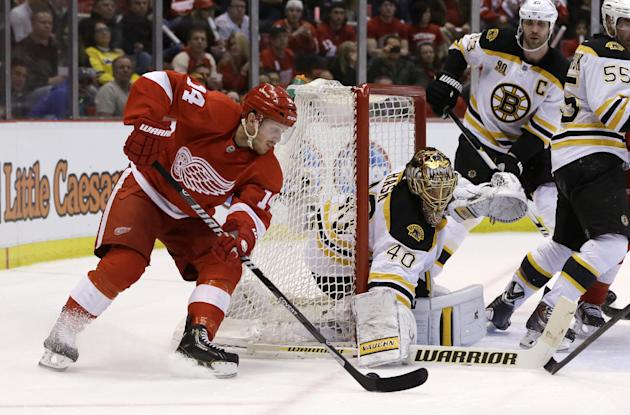 Bruins defense holding Red Wings to historic lows