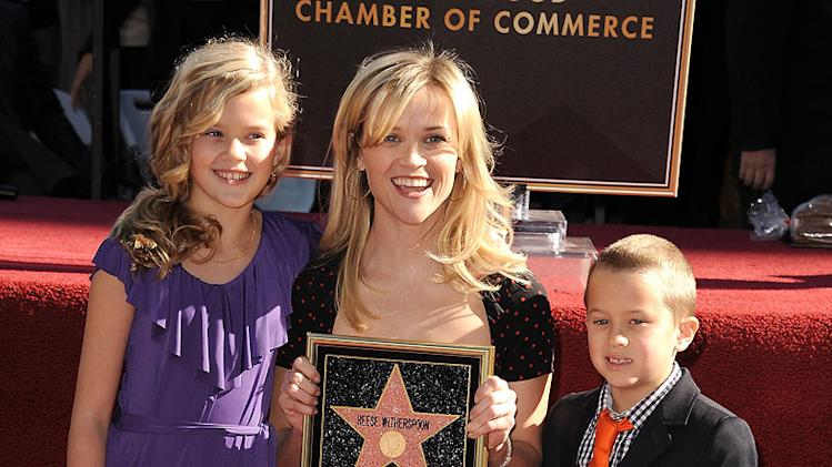 Reese Witherspoon 2010 Star Ceremony