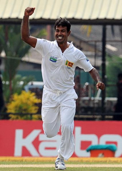 Sri Lanka's Nuwan Kulasekara celebrates after dismissing New Zealand's Martin Guptill during the first day of the second and final Test cricket match between Sri Lanka and New Zealand at the P. Sara O
