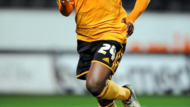 Football - Tigers' Aluko fears over