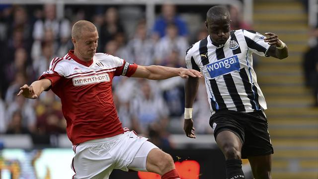 Premier League - Hangeland taking cautious approach