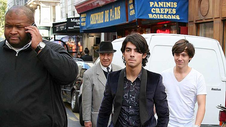 Jonas Joe Paris