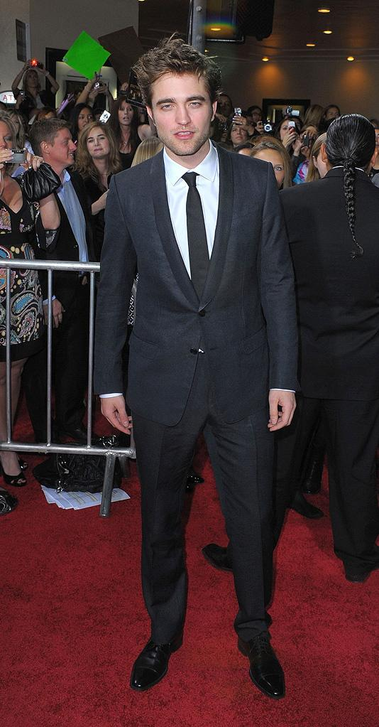 Twilight Saga New Moon LA Premiere 2009 Robert Pattinson