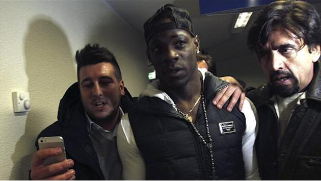 Serie A - Milan hail 'dream' Balotelli capture