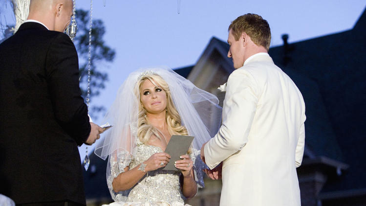 TV Weddings - Kim Zolciak And Kroy Biermann: ?Don?t be Tardy for the Wedding? (2011)