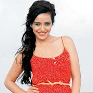Neha Sharma Wanted To Be A Fashion Designer