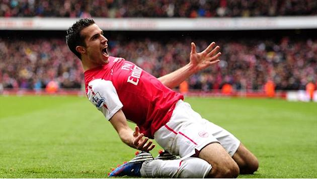 Wenger would 'rather have sold Van Persie to PSG'
