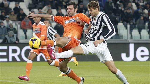 Serie A - Llorente scores late winner as Juve extend lead