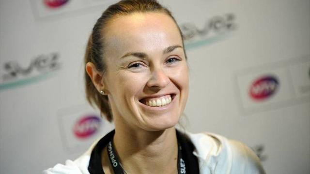 Tennis - Hingis inducted into Hall of Fame