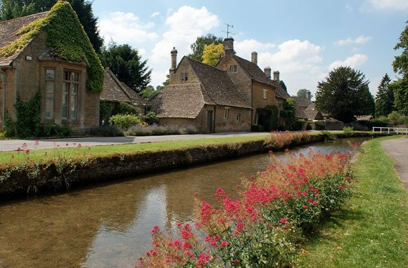 Lower Slaughter, England (Photo: Morag Fleming/Shutterstock)