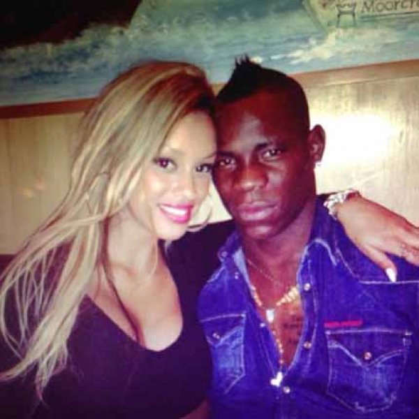 Mario Balotelli's relationship with his girlfriend is said to be on the rocks again.