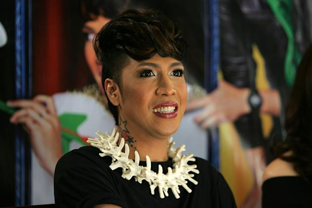Vice Ganda in Sisterakas