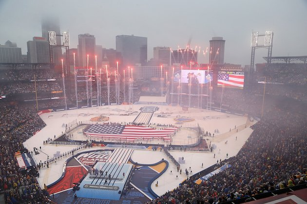 ST. LOUIS, MO - JANUARY 2: A general view during the National Anthem prior to the start of the 2017 Bridgestone NHL Winter Classic between the St. Louis Blues and the Chicago Blackhawks at Busch Stadium on January 2, 2017 in St. Louis, Missouri. (Photo by Scott Kane/Getty Images)