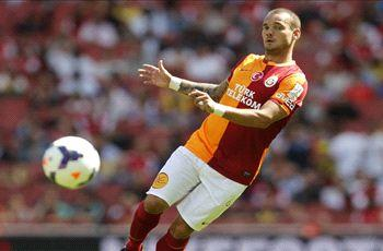 Galatasaray president rules out Sneijder sale