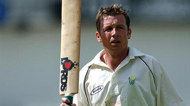 Former England spinner Croft to retire