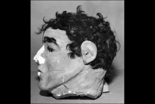The inmates crafted dummy heads out of plaster and real hair to fool the guards on the night of the infamous escape.