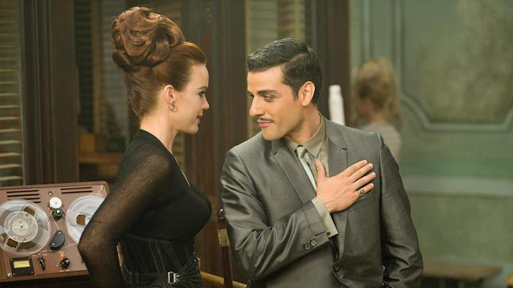 Sucker Punch Warner Bros. Pictures 2011 Carla Gugino Oscar Isaac