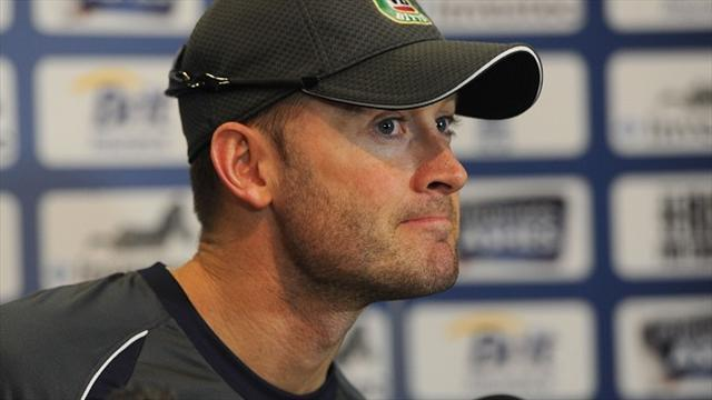 Ashes - Clarke dismisses rift as in the past