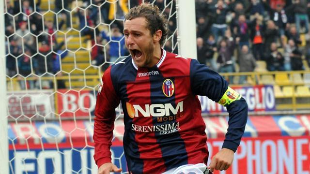 Serie A - Bologna's Diamanti relieves pressure on under-fire Pioli