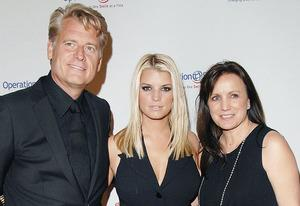 Joe Simpson, Jessica Simpson and Tina Simpson | Photo Credits: Jon Kopaloff/FilmMagic