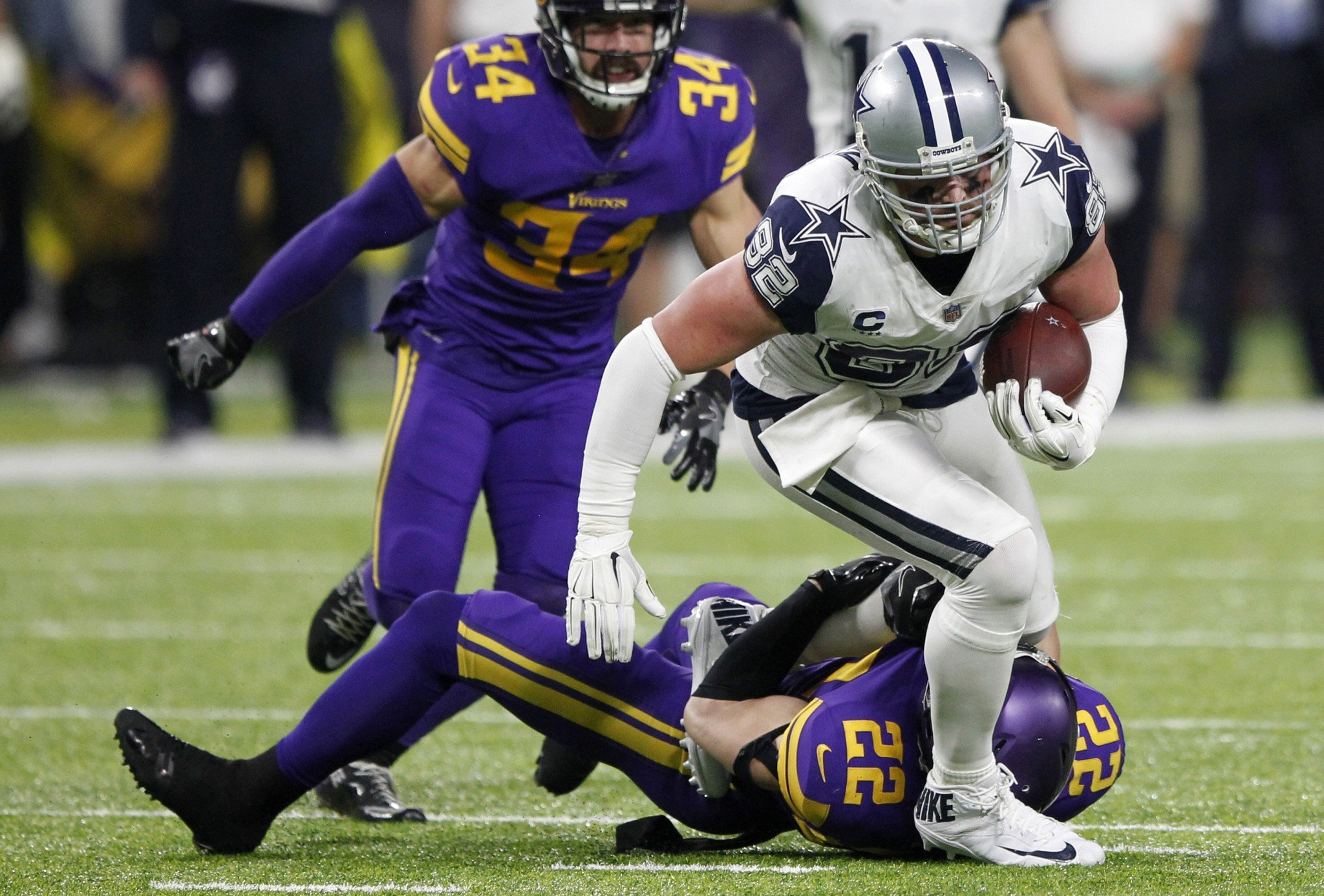 Thursday night was the first time Jason Witten didn't catch a pass in 130 games. This one was called back. (AP)