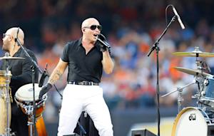 Pitbull to Host American Music Awards