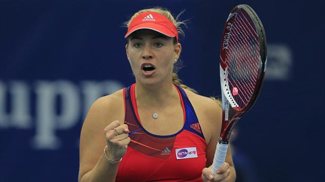 Tennis - Kerber and Ivanovic fly through semis in Austria