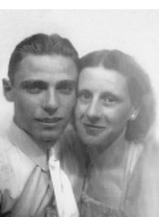 Frell and Cleda Blair as a young couple. (Courtesy of Legacy.com)