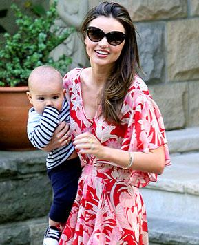 "Miranda Kerr: ""I Feel Like a Milk Maid"" Breastfeeding"