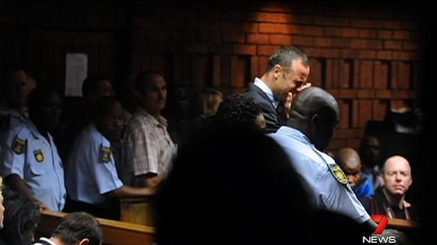 Bloodied bat at Pistorius home: reports