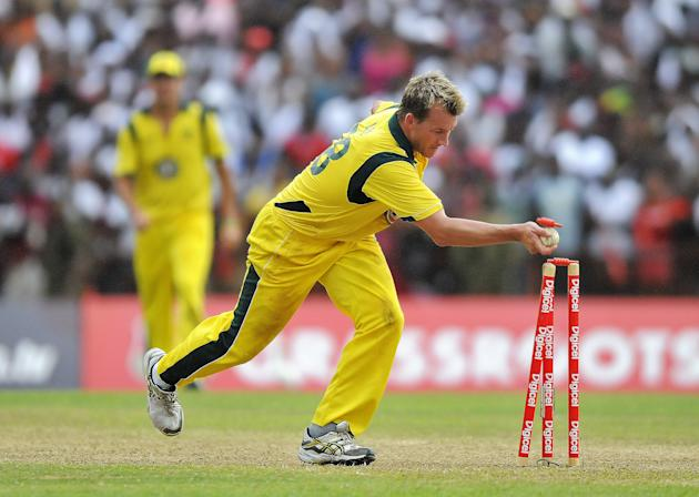 Australian cricketer Brett Lee runs out West Indies cricket team captain Darren Sammy during the third-of-five One Day International (ODI) matches between West Indies and Australia at the Arnos Vale G