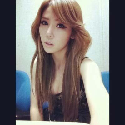 Zinger Tweets New Picture