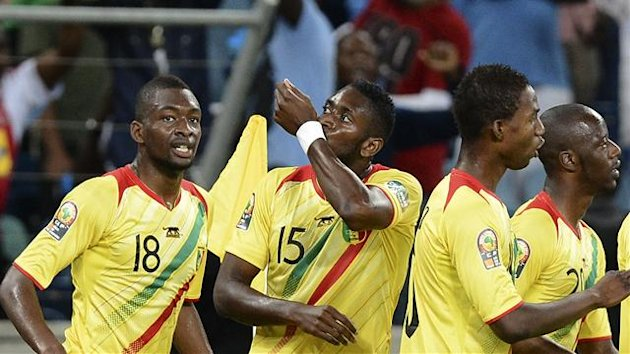 SOUTH AFRICA, Durban : Mali's forward Mahamadou Samassa (2ndL) celebrates after scoring a goal during the Democratic Republic of Congo vs Mali Africa Cup of Nations 2013 group B match
