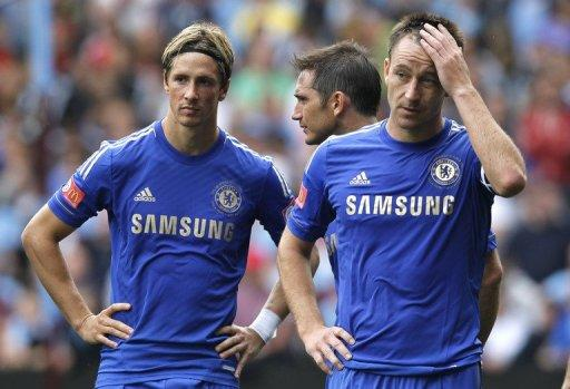 Chelsea's Captain John Terry (R), Frank Lampard (C) and Fernando Torres