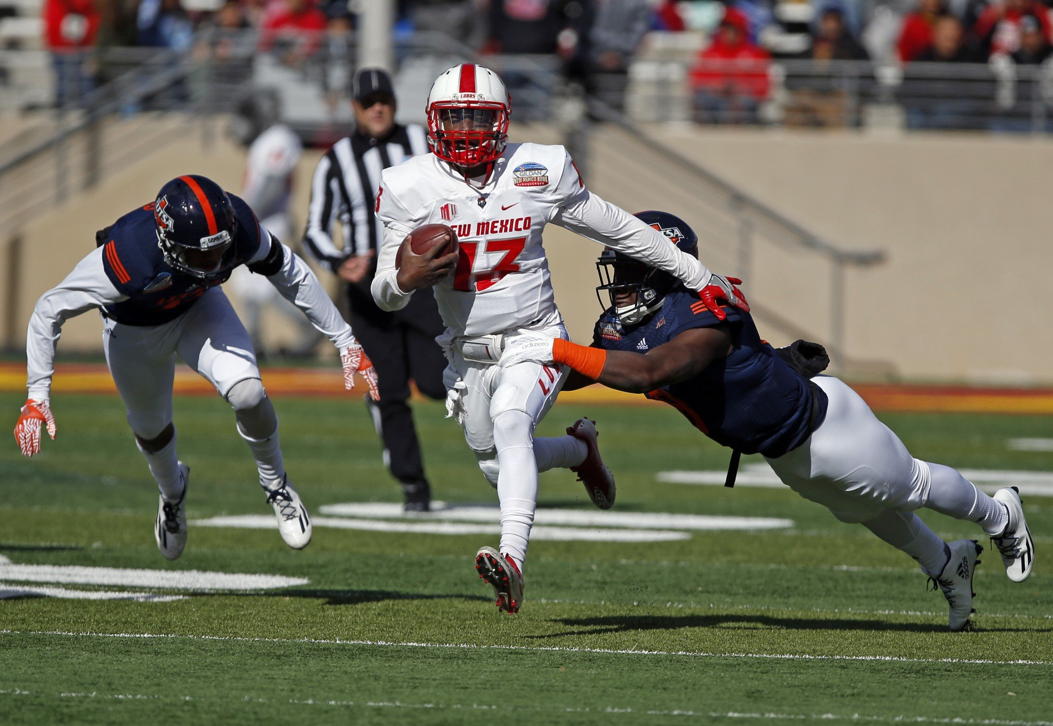 Quarterback Lamar Jordan led New Mexico with 81 rushing yards in its win over UTSA. (AP Photo/Andres Leighton)