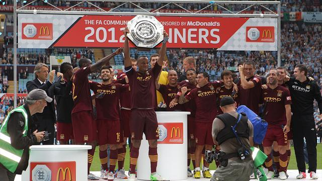 Premier League - City down 10-man Chelsea to lift Community Shield