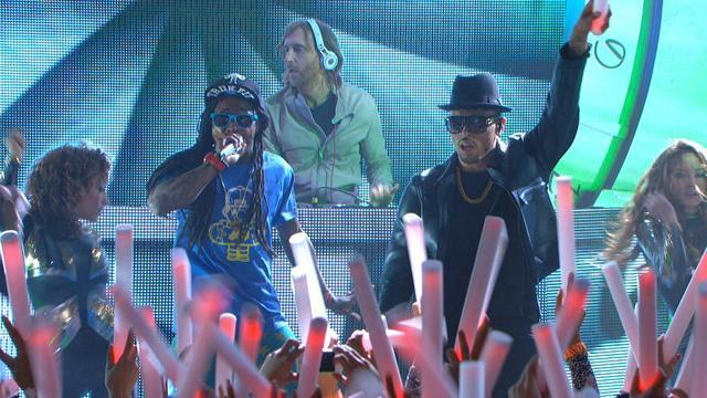 David Guetta feat. Lil Wayne and Chris Brown - I Can Only Imagine (54th GRAMMYs on CBS)