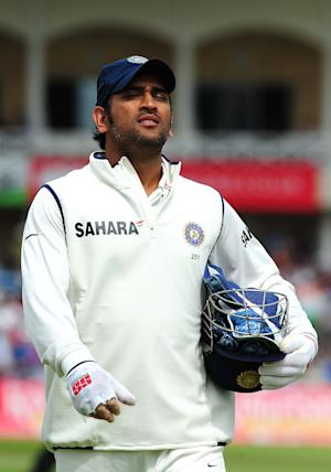 Mahendra Singh Dhoni's India are preparing to defend their eight-year unbeaten home record in the final Test against England