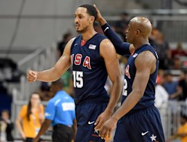 Ryan Hollins, left, during the 2015 Pan Am Games in Toronto. (Getty)