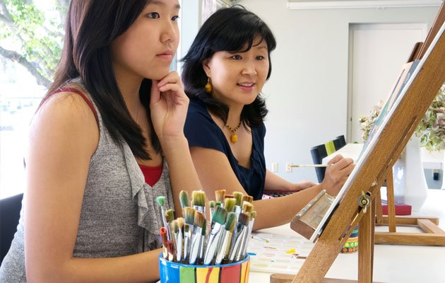No special talent or previous experience in art making is required for art therapy to be effective (Thinkstock photo)