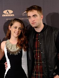 Kristen Stewart and Robert Pattinson attend a photocall for 'The Twilight Saga: Breaking Dawn Part 2'in Madrid on November 15, 2012 -- Getty Premium