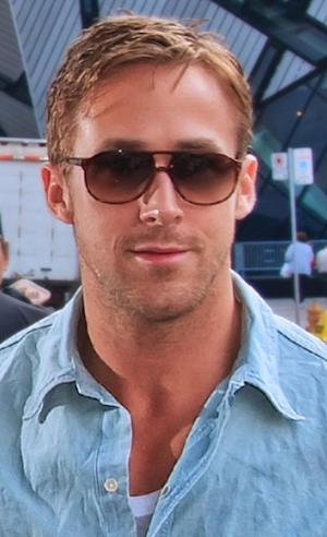 Ryan Gosling Poses Shirtless - Other Men Who Have Gone Shirtless Lately