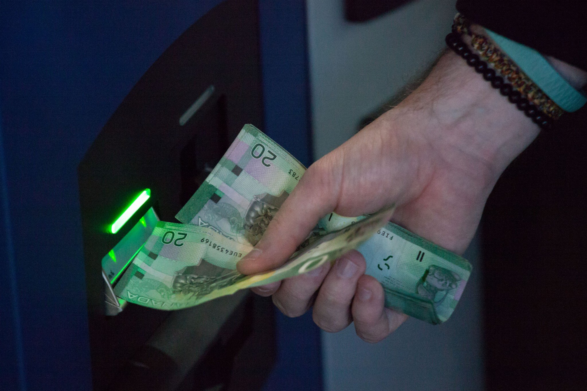 It's now easier to open a bank account in Canada when you're overseas. (Getty)