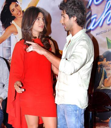 I can't make her blush: Shahid